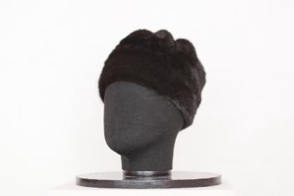 шапка, модель М 141, норка крашеная, цвет черный